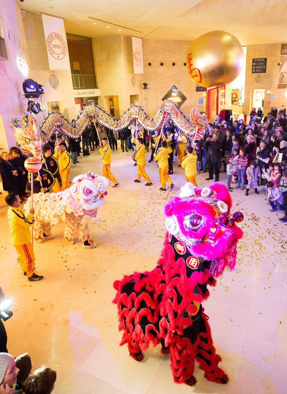 Spectacle au Musée du Louvre pour le Nouvel An Chinois by Moon Event