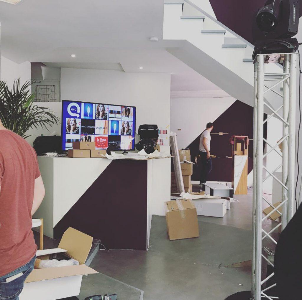 En montage du future conceptstore au Marais pour qvcfrance !hellip