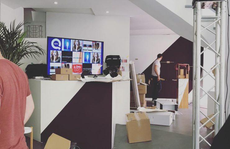 En montage du future #conceptstore au #Marais pour #qvcfrance !  #paris #diamonique #Lord&Berry #qvcbox