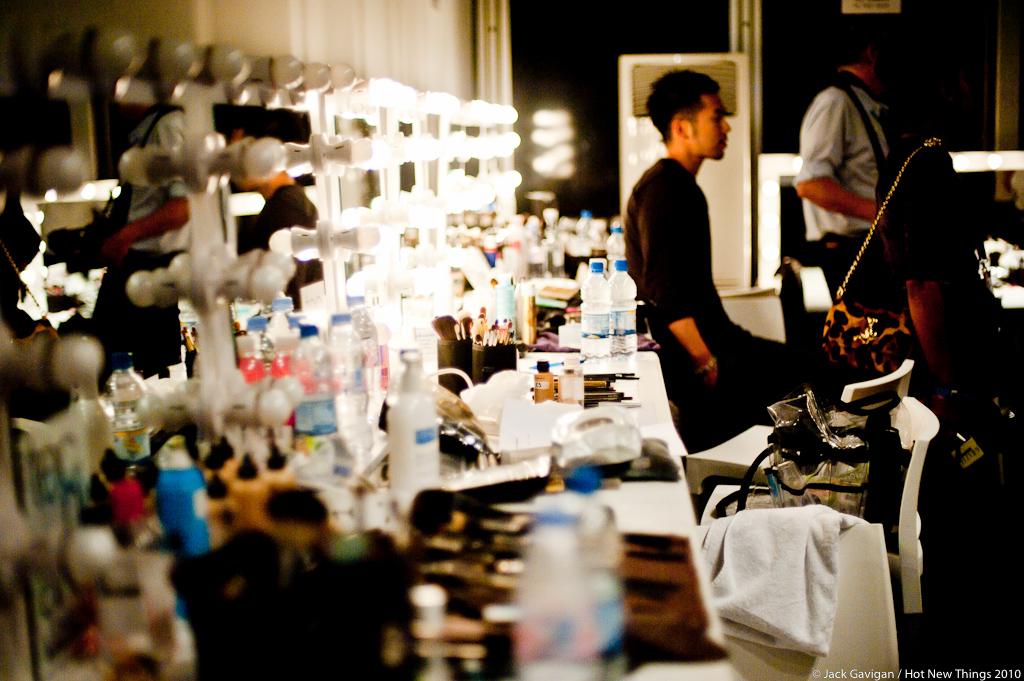 issa_london_backstage-0548