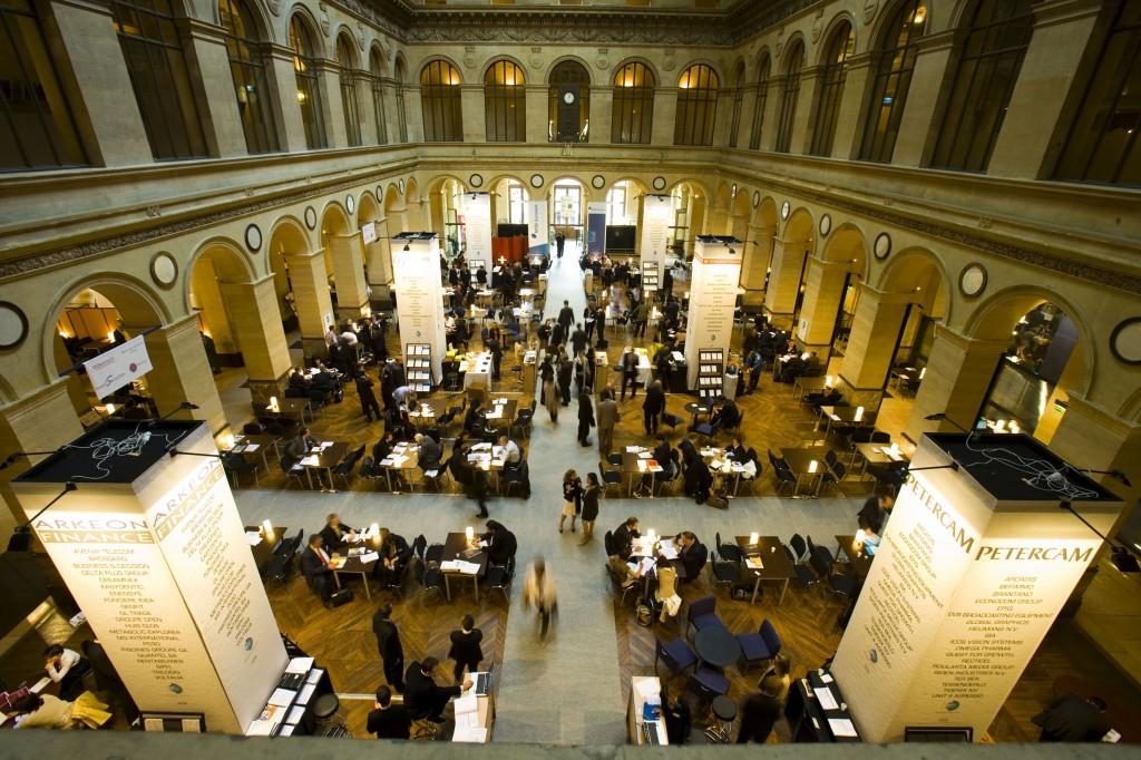 Top 10 des palais privatiser moon event - Salon palais brongniart ...