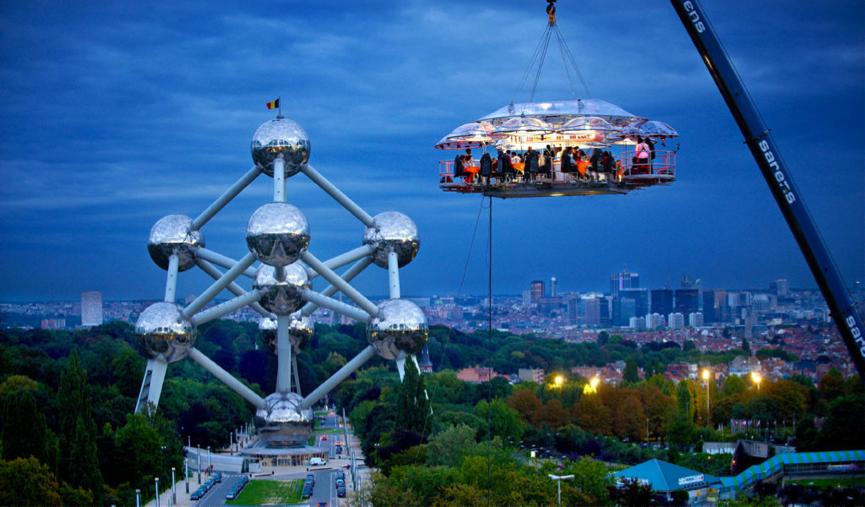 restaurant dinner in the sky