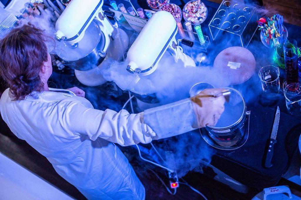 Le bar  glace nitrogenic la touche sucre des 10hellip